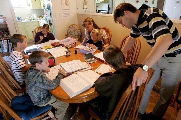 Имеют ли право сократить из школы из-за того что нет педагогического образовани¤