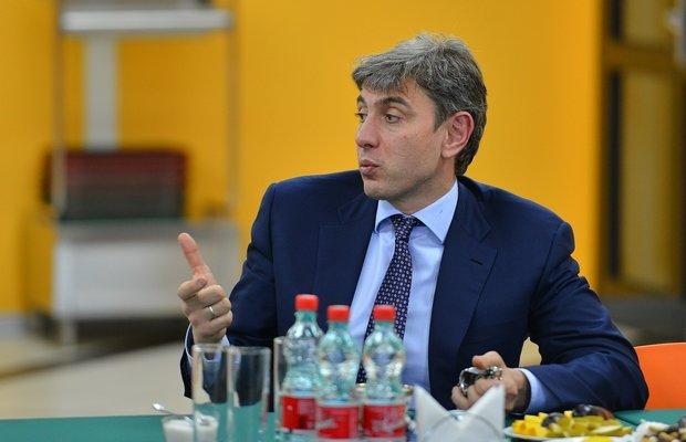 ФАС получила ходатайство ВТБ о закупке акций «Магнита»