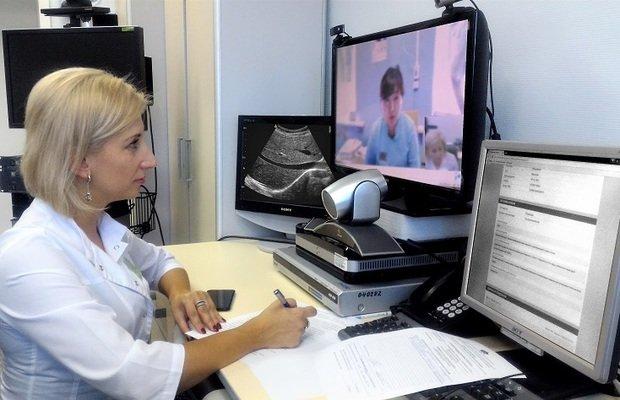 Где бы пациент ни находился, он всегда имеет возможность  проконсультироваться у врача. Например, врачи нашей клиники дают онлайн-консультации  пациентам от ... c5d4c2a20ff
