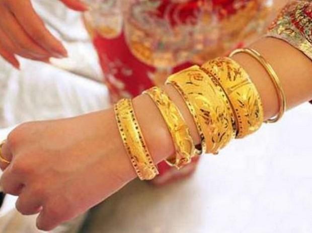 Дарят ли на свадьбе подарки родителям жениха