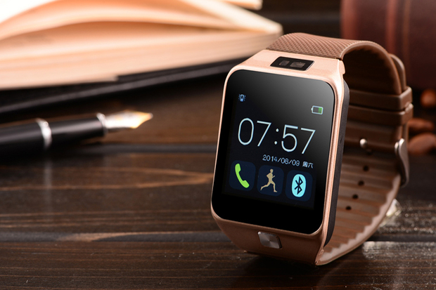 Часы с браслетом на руке во сне