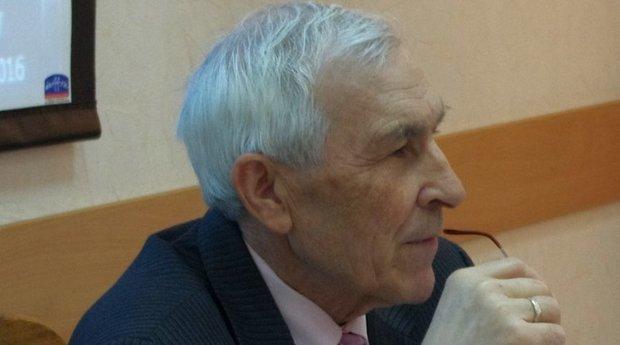 Учителей татарского языка вРТ переучат нагеографов иисториков