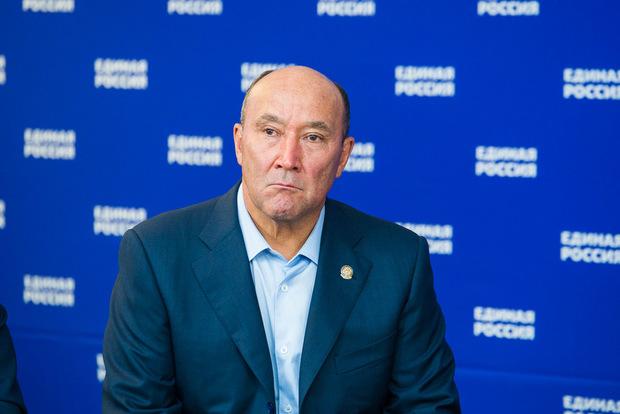 Минниханов: Ахметов продолжит работу напосту министра сельского хозяйства ипродовольствияРТ