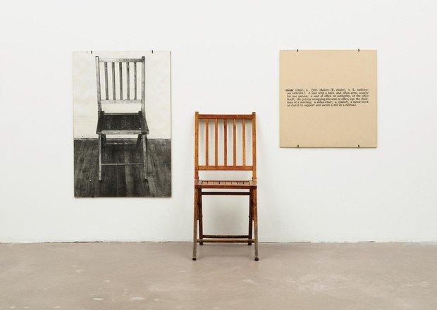 Джозеф Кошут, «Стул и три стула», 1965