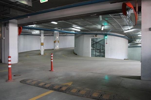 Заняли место в паркинге что делать