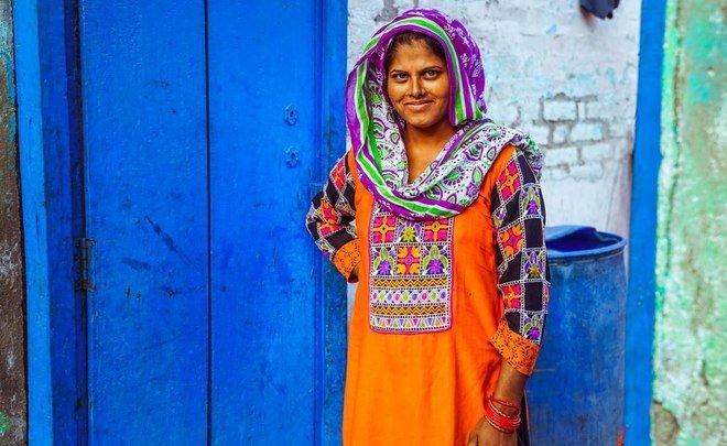 Работа девушкам в индии история журнала vogue