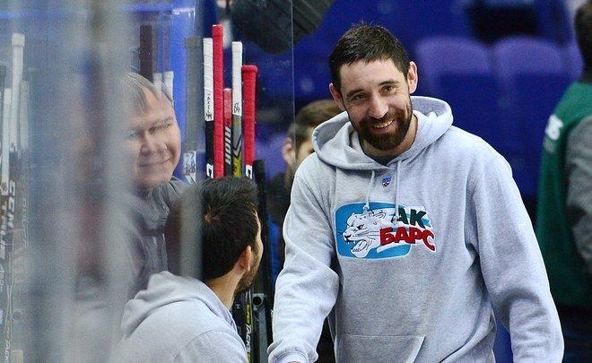Хоккеист «АкБарса» Зарипов получил сотрясение мозга вматче с«Металлургом»