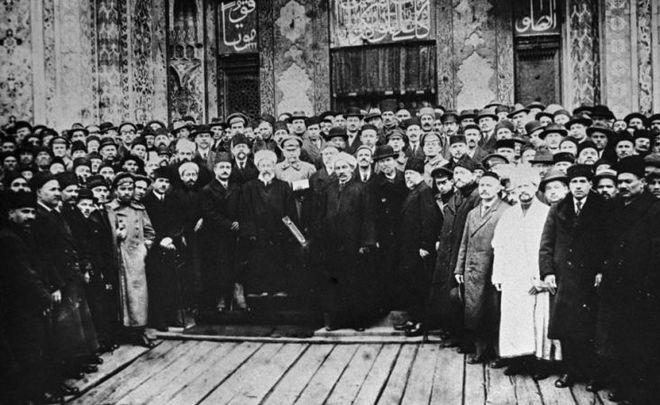 Февраль 1917-го: радость татар падению «старого режима», демократические призывы и несбывшиеся чаяния