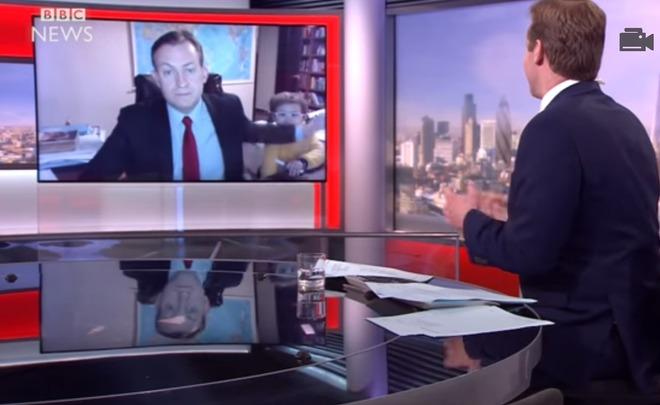 Пародия напрерванное детьми интервью «Би-би-си» набрала 700 тыс. просмотров