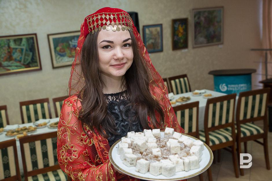 Из чего пьют чай татары
