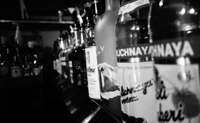 Минздрав желает запретить реализацию алкоголя лицам до21 года