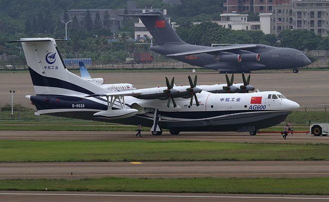 Созданный в КНР наибольший самолет-амфибия совершил 1-ый полет