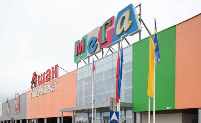 Гостей трёх торговых центров вУфе эвакуировали из-за угрозы взрыва