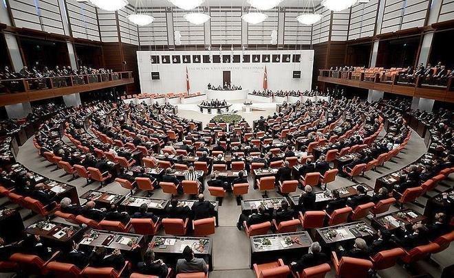 Турция приступила к изучению исламофобии в4 государствах ЕС