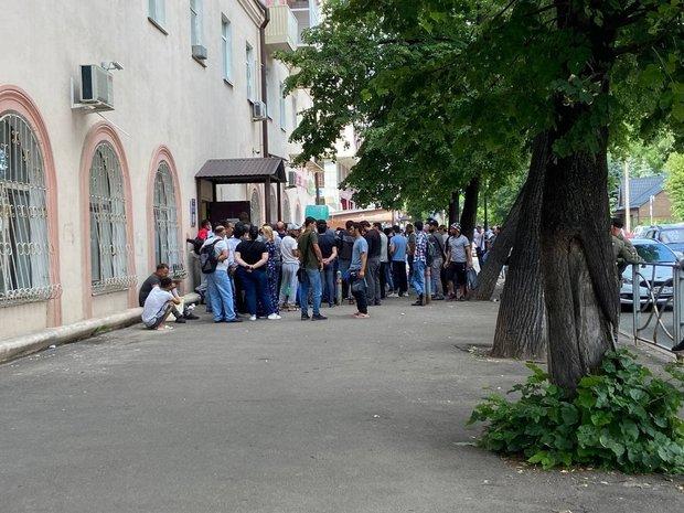 В Кремле заявили о нехватке рабочих-мигрантов в целом ряде отраслей