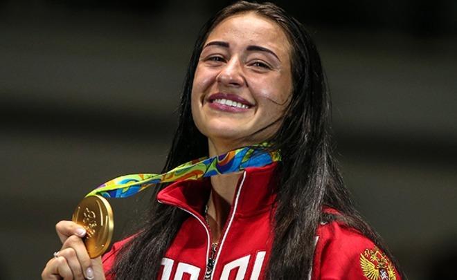 Яна Егорян выиграла золото этапа Кубка мира пофехтованию вГреции