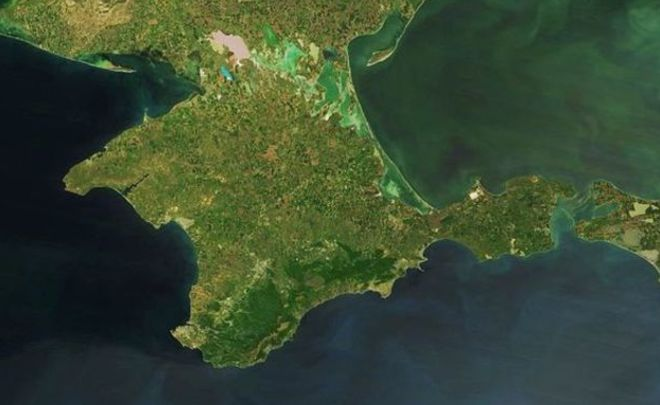 Сенаторы посоветовали  запретить рекламировать Крым как часть Украины