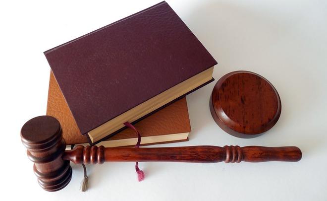 Преподавателя КГМУ и прежнего студента будут судить завзятки сучащихся
