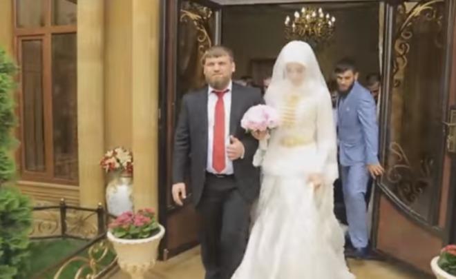 Свадебный кортеж племянника Кадырова оценили в500 млн. руб.