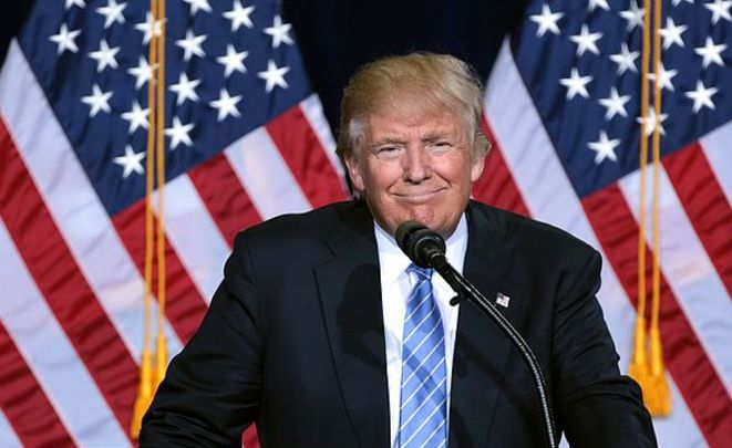 Трамп подписал указ обукреплении безопасности границ США иужесточению иммиграционной политики