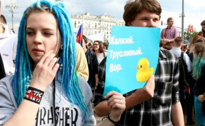 Две трети граждан России отказались позволить молодежи сражаться завласть