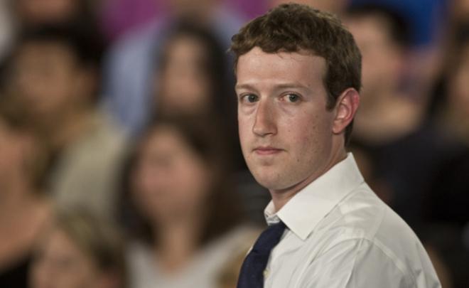 СМИ акционеры судятся с Facebook против Цукерберга
