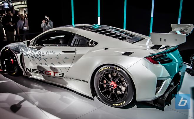 Хонда показала гоночное купе NSX GT3