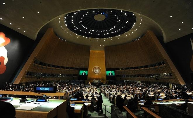 Совбез ООН единогласно принял предложенную Россией резолюцию поСирии