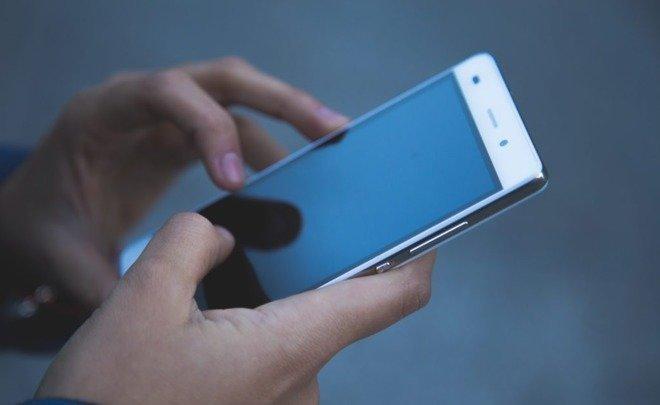 Продажи телефонов  в РФ  побили исторический рекорд