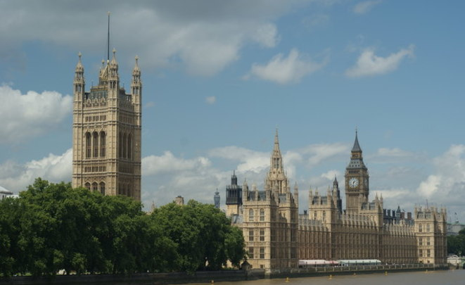 Мэр Лондона прокомментировал наезд фургона налюдей около мечети