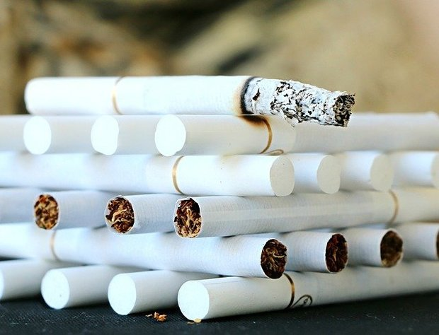 В Росси запретили устанавливать цены на сигареты дешевле 108 рублей за пачку