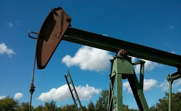 Цена нефти Brent превысила $75 впервые со 2 августа