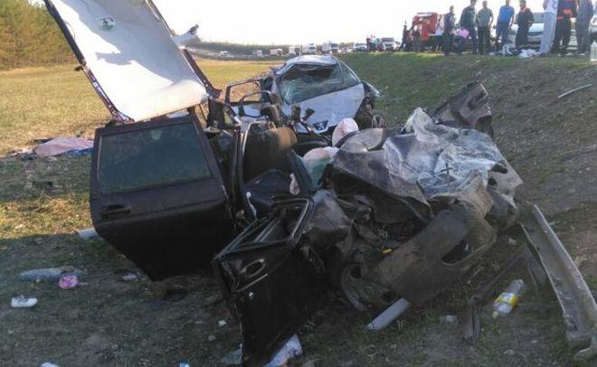 Встрашном ДТП вТатарстане погибли 5 человек, втом числе младенец
