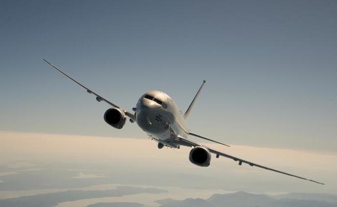 К русским берегам наЧёрном море приближается самолёт ВВС США