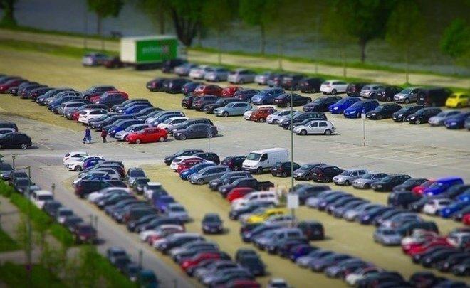Продажи новых легковых машин вРФ увеличились всередине весны практически на18%