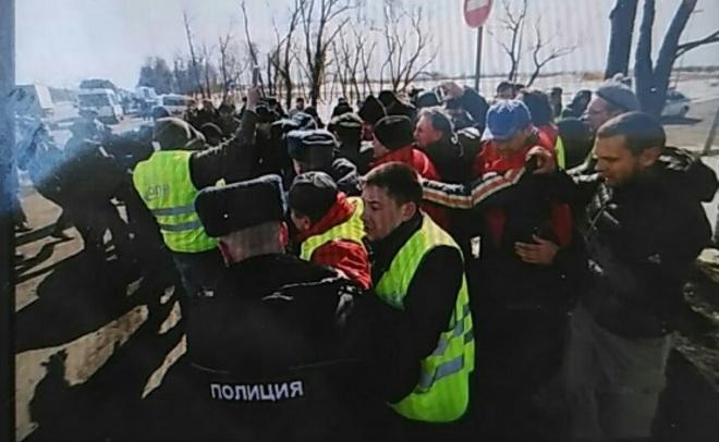 ВПетербурге задержали восемь дальнобойщиков, протестующих против системы «Платон»