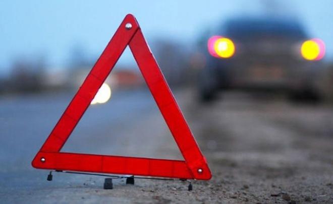 Выставлявшего знак аварийной остановки молодого человека насмерть сбил автомобиль