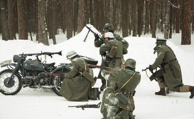 Нефтехимики провели военно-техническую эстафету и воссоздали реконструкцию боя ВОВ