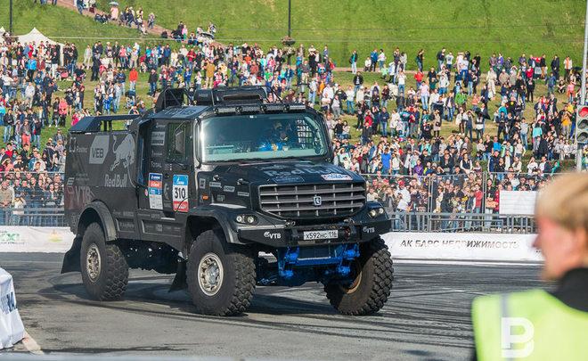 Экипаж «КАМАЗ-Мастер» финишировал шестым напервом этапе ралли «Дакар-2017»