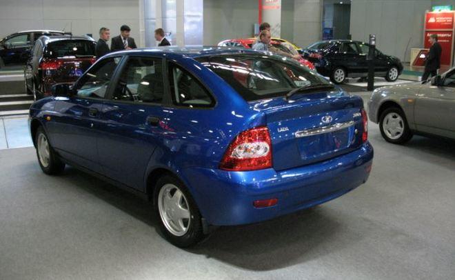 Извсех моделей АвтоВАЗа Лада Priora показывает рост продаж