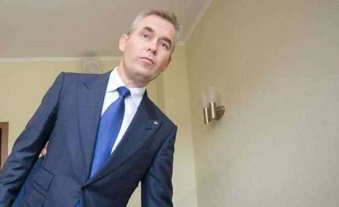 Юзеры просят отправить Астахова вотставку за«черствость, ограниченность ицинизм»