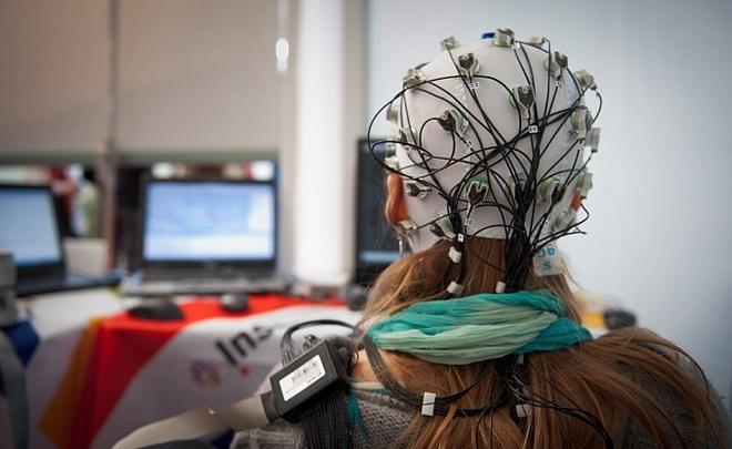 Назамену айфонам придет компьютеризированный мозг— Ученые