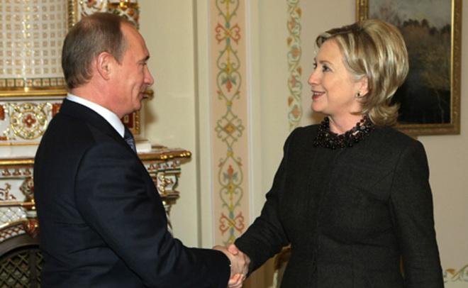 Трамп призвал комитет поразведке расследовать вероятные связи Хиллари Клинтон сРоссией