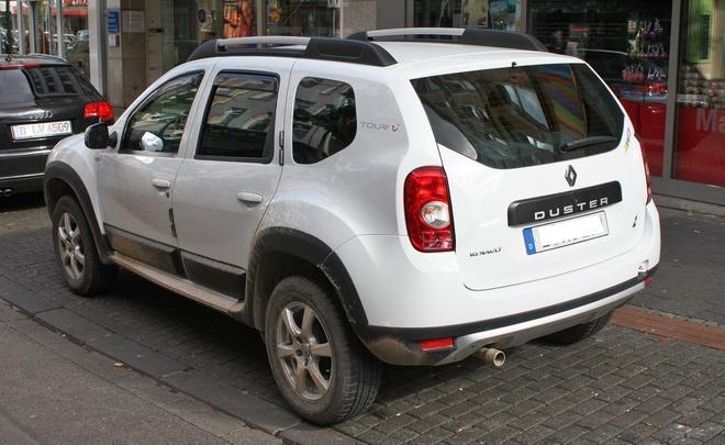 Самыми популярными кроссоверами и внедорожниками в России стали Renault Duster Toyota RAV4 и Chevrolet Niva