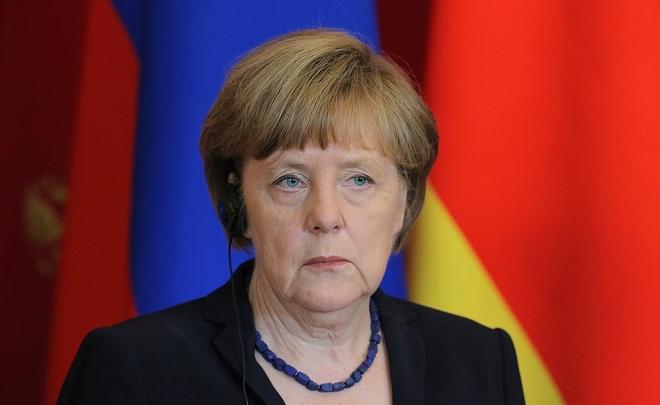 Опрос: половина граждан ФРГ против того, чтобы Меркель оставалась канцлером