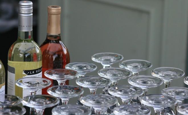 В РФ неменее 65% алкоголя несоответствует ГОСТам