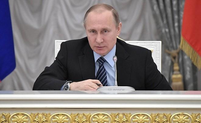 Рейтинг В.Путина вВосточной Европе выше, чем уТрампа иМеркель