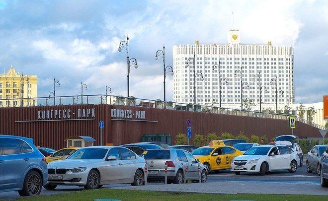 Кабмин утвердил план разработки 54 законопроектов