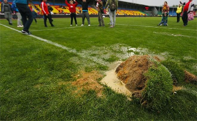 Из-за поломки ворот наполе тульского «Арсенала» вылилось шесть тонн тосола