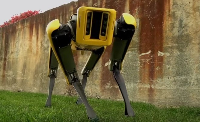 Boston Dynamics в последующем 2019г начнет торговать роботов SpotMini